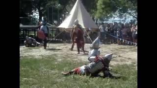 Бой средневековых воинов три на три