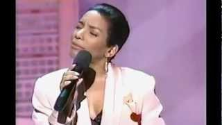 #nowplaying Stephanie Mills - How Come You Dont Call Me Anymore (LIVE)