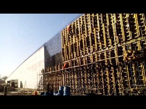 Installation of steel shutter of retaining wall .