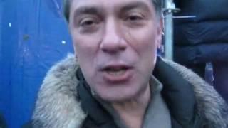 Демушкин с Немцовым  беседуют о политике