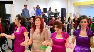 Repeat youtube video Beautiful Pashto tapay with girls Dance HD