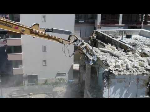 Colasanto Demolizioni - Demolizione Ex Hotel Europa Bisceglie