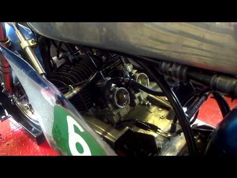 www.t20suzuki.com - a look at my 1967 T20 race bike