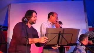 Pierluigi Bersani canta a FestaReggio 9 settembre 2009 - parte 1