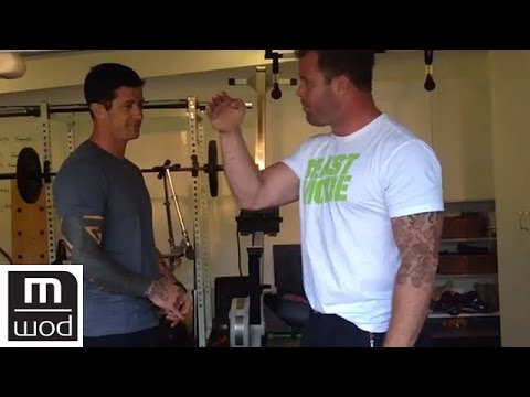 Torsion and trunk stab | Feat. Kelly Starrett | MobilityWOD