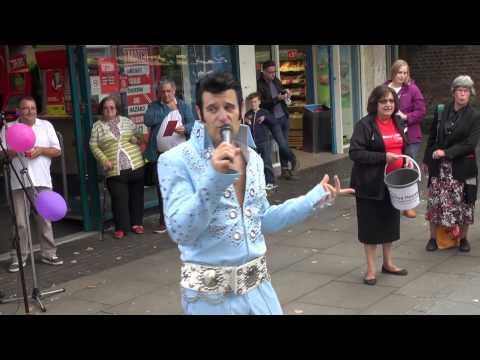 Elvis Shmelvis live in St.Albans 2015 – Sweet Caroline
