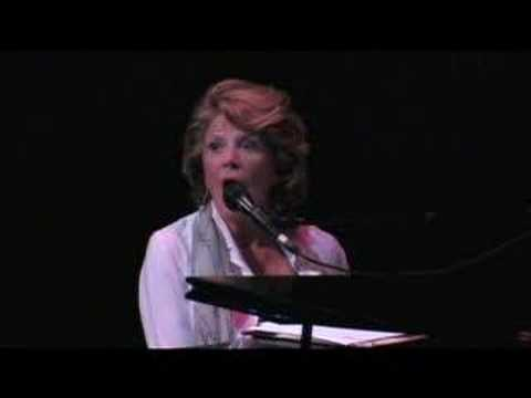 Linda Lavin's  & Confessions of a OneTime Waitress: pe