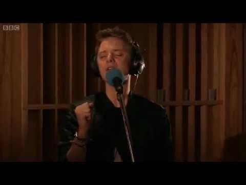 Conor Maynard - Starships (by Nicki Minaj) - BBC Radio 1 Live Lounge 2012