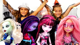 Monster High bebekleri koleksiyonu tanıtımı