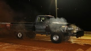 6200 Outlaw 4x4 Trucks Pulling at Millers Tavern September 26 2014