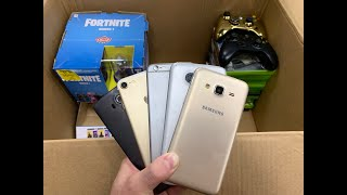 WE FOUND 10 PHONES DUMPSTER DIVING GAMESTOP! GAMESTOP DUMPSTER DIVING MEGA JACKPOT!!!