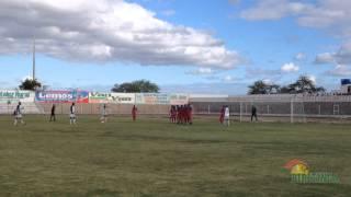 Falta perigosa para Biritinga Neguinho na Bola jogo contra Santaluz Intermunicipal 2014