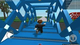 Roblox game play in hollow 's eve and lucky bloxs!