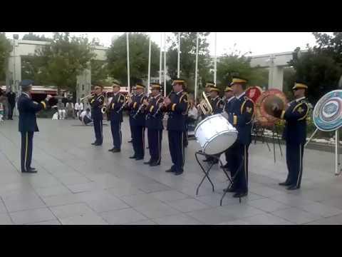 Hava Harp Okulu Marşı (Yolumuzda Olsa da Dağlar Kalın Bir Perde)-Hava Harp Okulu Komutanlığı Bandosu