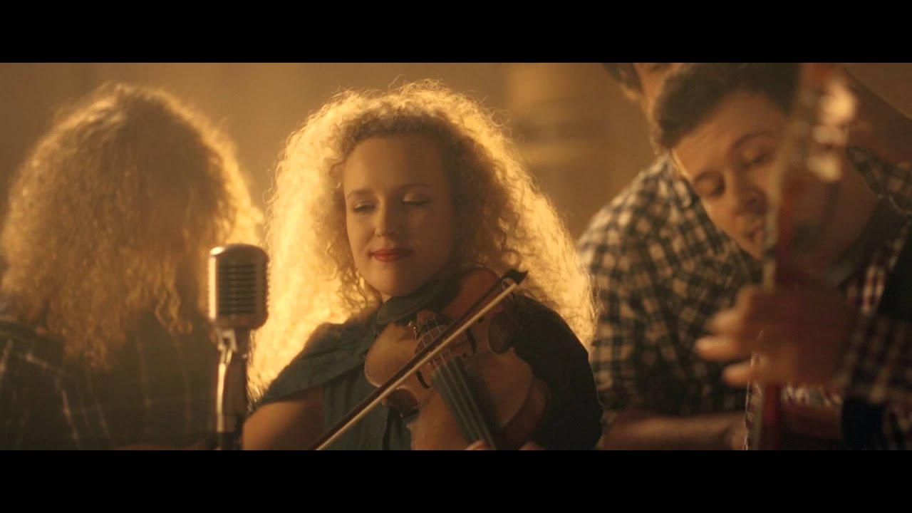 curly-strings-kattemaks-curly-strings-1397474673