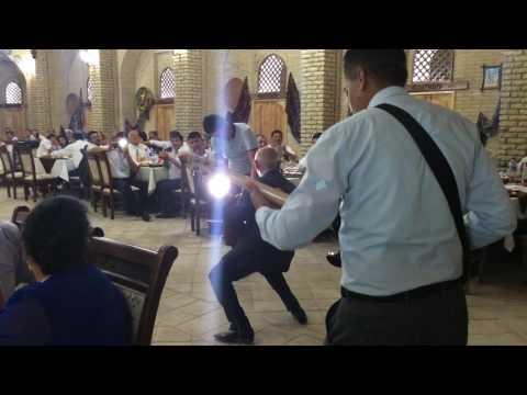 Zulayho boyhonova abduhoshim ismoilov lift video