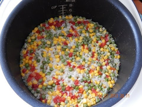 Рис и овощи в мультиварке