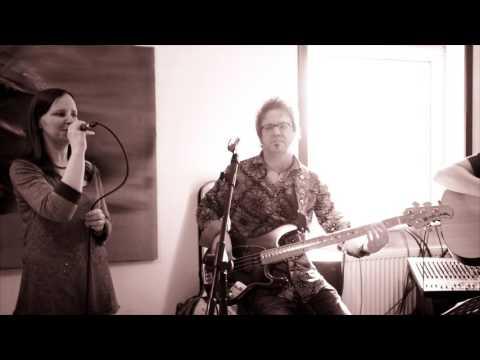 Tasmin Archer  Sleeping Satellite  Acoustic   Melanie Mau & Martin Schnella