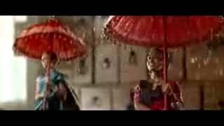Видео «Креативная реклама HP In the Air»   смотреть онлайн ролик «Креативная реклама HP In the Air» на Smotri Com(, 2012-07-02T14:59:36.000Z)