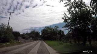 Manejando de Ixcatepec al Zopilote en la carretera a Piedras Clavadas