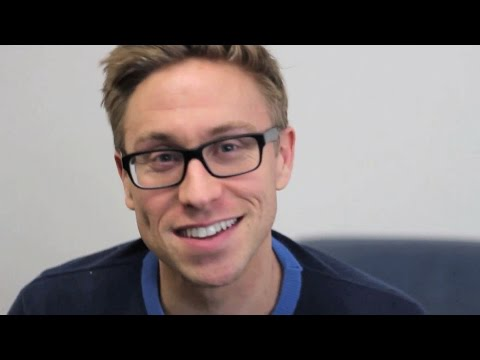 BBC Two interviews Russell Howard - Russell Howard's Good News: Series 9 Episode 1