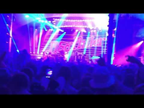 Mac Miller - 100 Grandkids (live) @ Freaky Deaky 11/1/15
