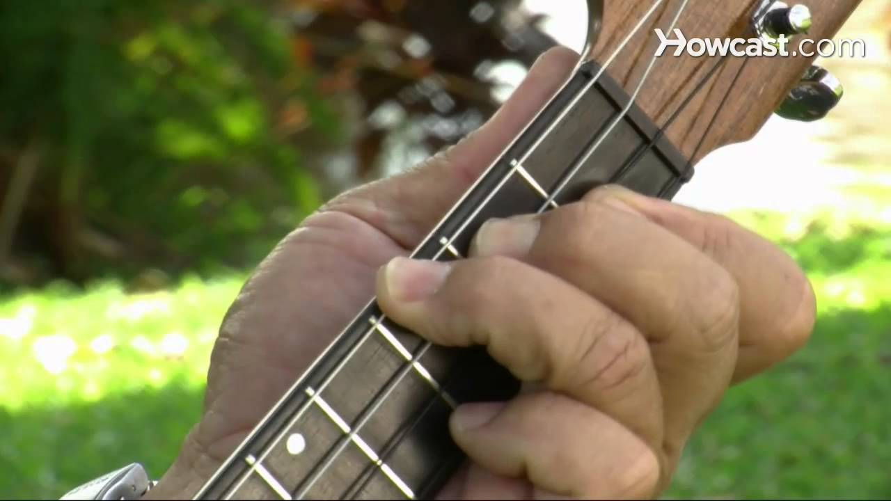 How To Play A B Flat Chord Ukulele Lessons Youtube