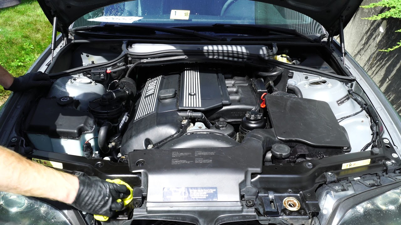 hight resolution of how to super clean your bmw engine bay detailing e46 youtube 2007 bmw 328i engine compartment diagram 2007 bmw 328xi engine bay diagram