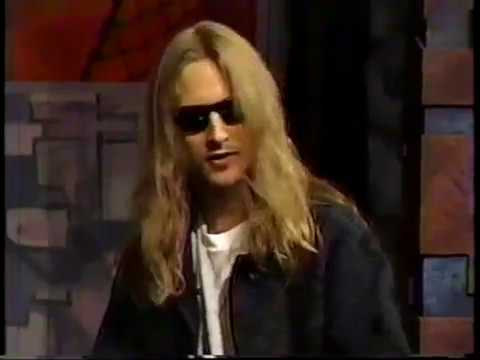 "Jerry Cantrell on writing Alice In Chains' ""Heaven Beside You"" for his girlfriend"