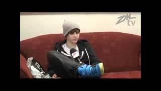 Repeat youtube video Justin Bieber getts a boner?