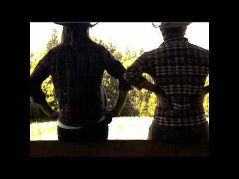 Jason Aldean- She's Country (Official Video)