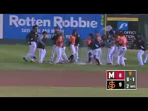 Giants' Johnson hit-by-pitch to complete walkoff