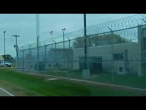 Как выглядит женская тюрьма в США? Women's Prison in USA