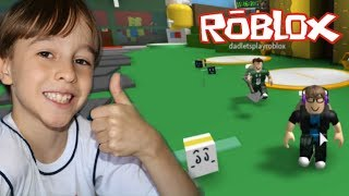 PLAYING BEE SWARM IN ROBLOX BEE GAME   FAMILY PLAYING