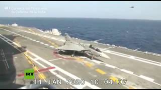 Un caza indio logra aterrizar por primera vez en un portaviones