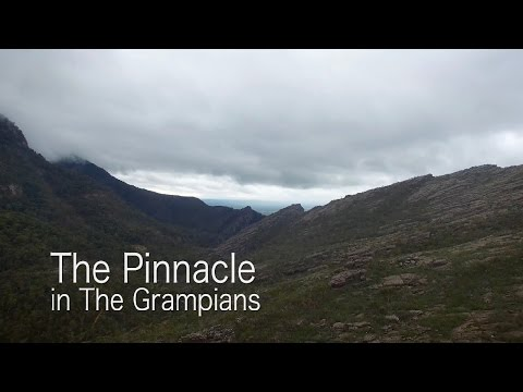 Hiking to the Pinnacle in the Grampians Halls Gap