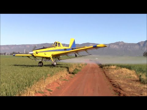 Air Tractor - Extreme aerial application - How low can you go?