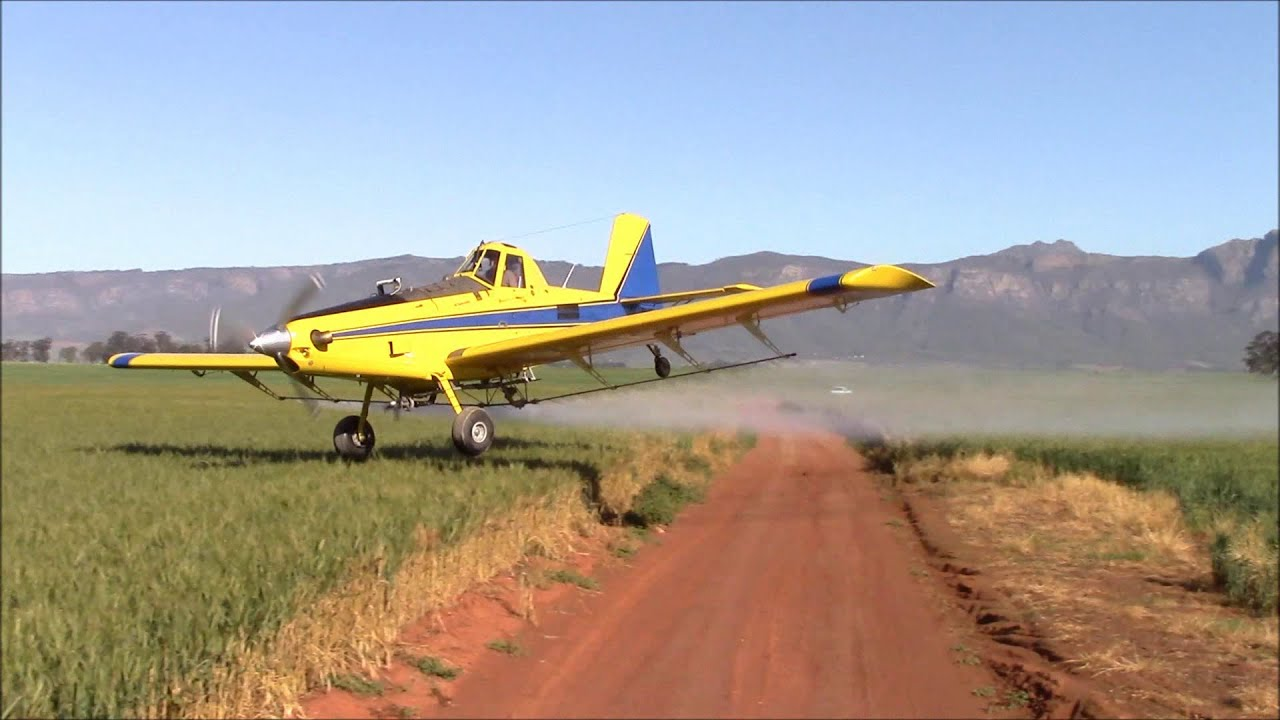 Tractors Air Filter Real Life : Air tractor extreme aerial application how low can you