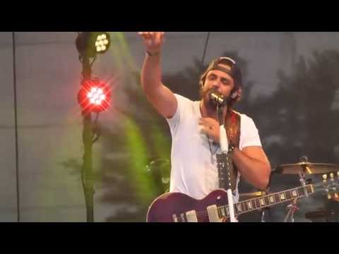 "Thomas Rhett - ""All American Middle Class White Boy"" Live 2014 WI"