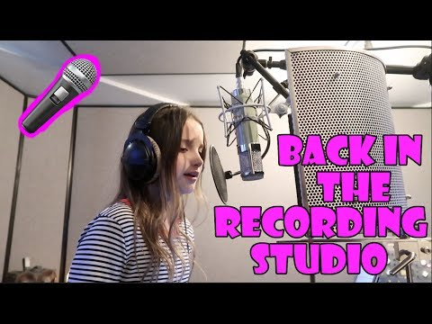 Annie's Back in the Recording Studio 🎤 (WK 337.7) | Bratayley