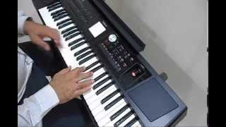 "Hindi Song from ""Ajnabee - 1974"" ""Hum Dono Do Premi"" Played by Manohar Chellani on Roland Keyboard."
