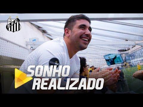Torcedor uruguaio realiza sonho e conhece o Santos FC