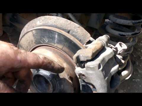 Ford Focus 2 как устранить стук задних тормозных колодок