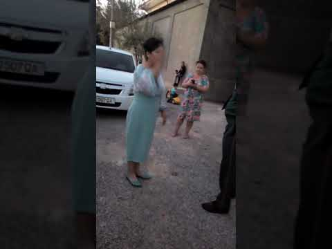 Актриса театра Узбекистана кричит что бы русские ехали в Россию вон с Узбекистана!
