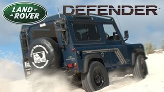 Baixar Land Rover Defenders and Toyota Hilux on the dune sands - 4x4 show