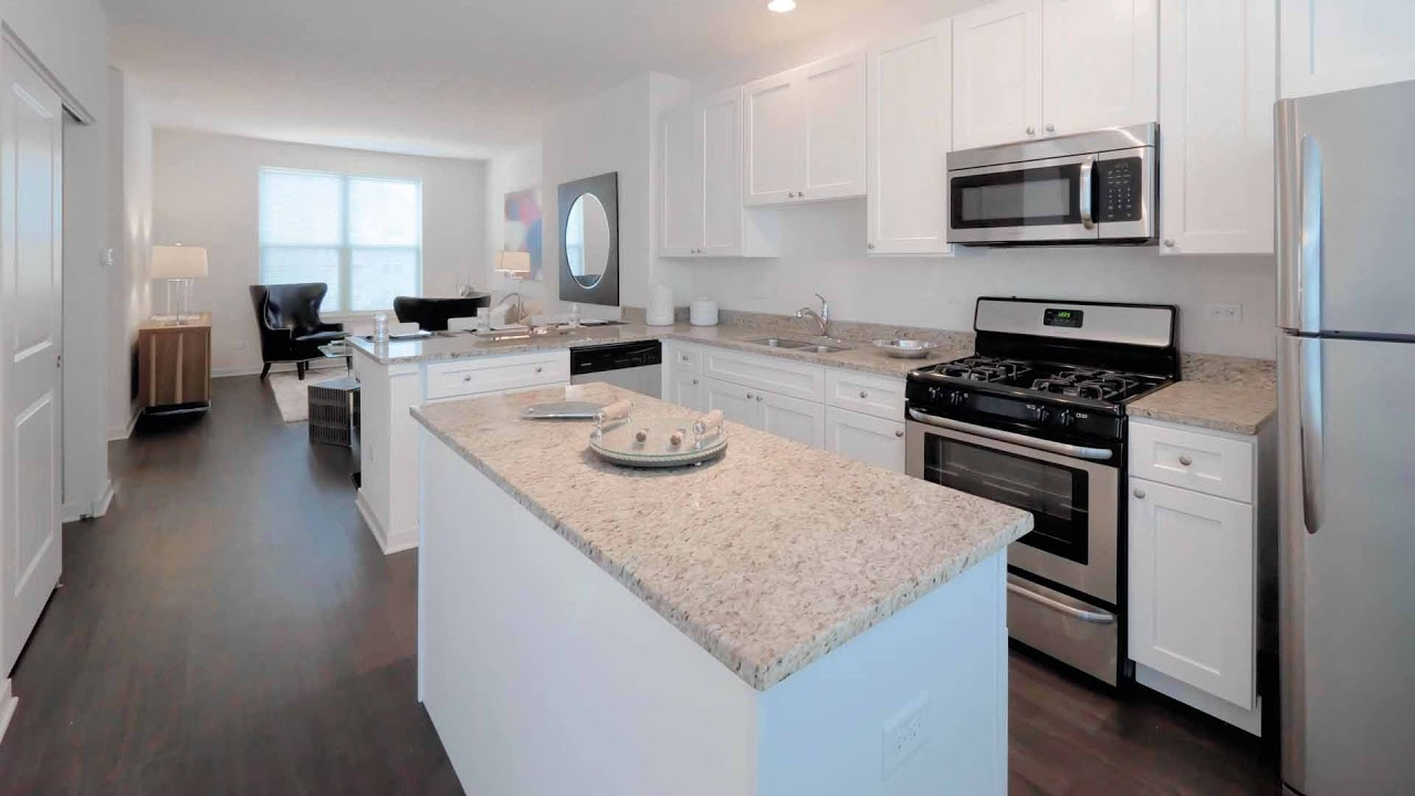 tour a luxury townhome model at the new oaks of vernon hills youtube