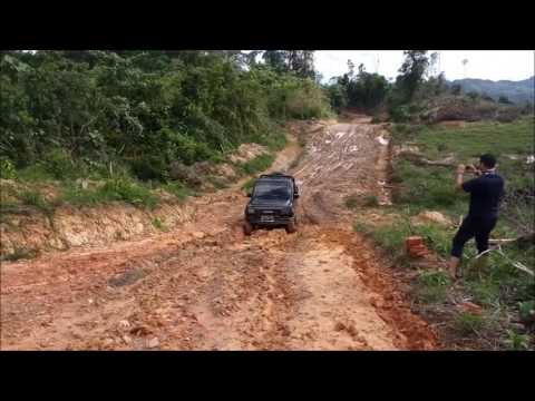 Walau Sudah 4WD, daihatsu taft Hiline pick up Harus Menyerah