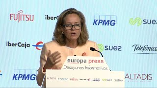 Calviño prevé llegar acuerdo para ampliar plazo de carencia de los ICO la próxima semana