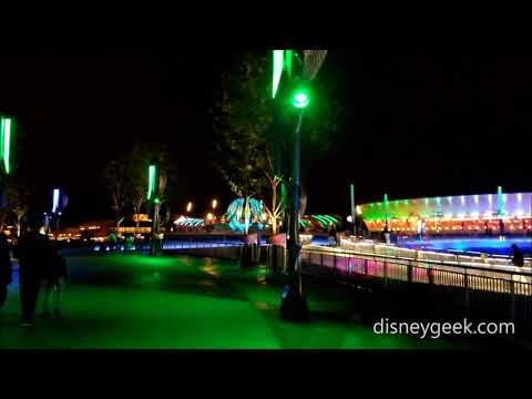 Shanghai Disneyland: Tomorrowland - Approaching from Toy Story Land/Fantasyland
