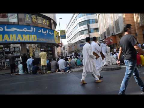 Prayer time in Dubai Street